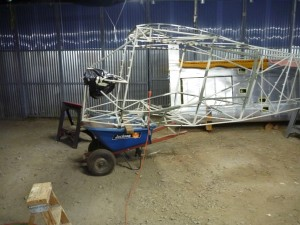 1-man wheelbarrow fusleage transport